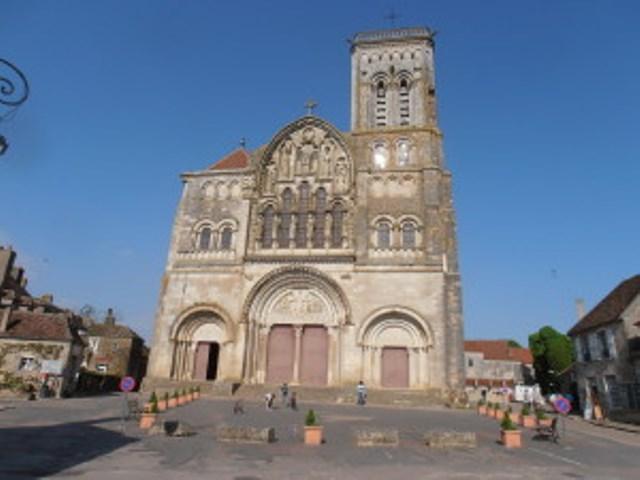 Etappe 30: Arcy-sur-Cure - Vézelay